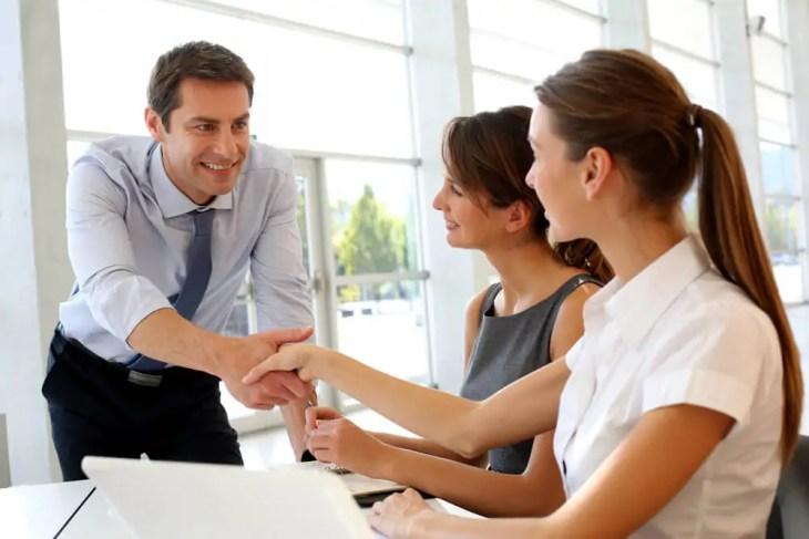 Verhandlung Jobsuche Bildungskarenz Vorstellungsgespräch