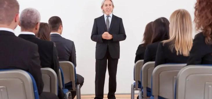 Der Unterschied zwischen Trainer und einem Coach
