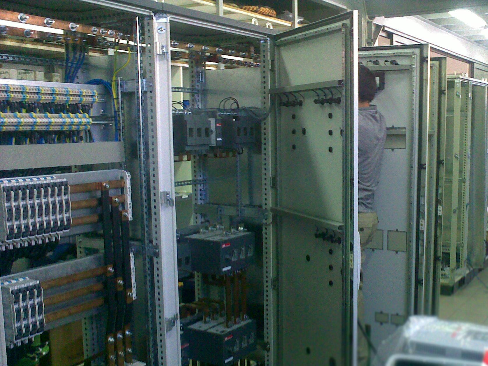 Low Voltage Switchgear Insula Electric
