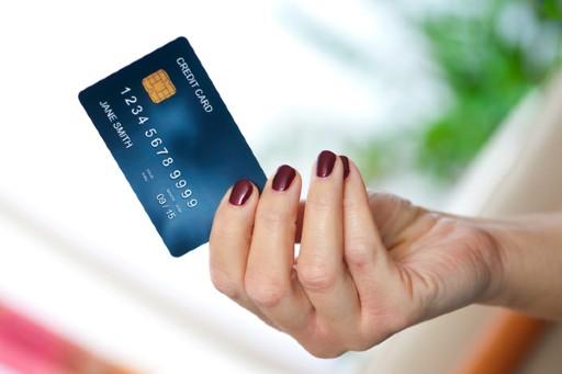 クレジットカード入金なら手軽にオンラインカジノを楽しめる