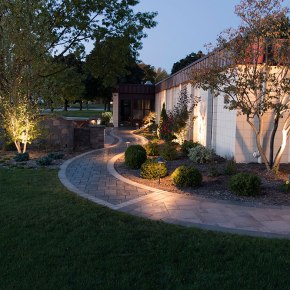 26-Landscapers-in-Milwaukee