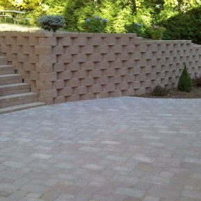 8-Retaining-Wall-Muskego