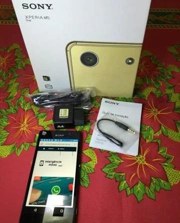 Sony Xperia M5, kit que vem na caixa
