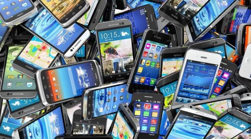 Segundo a Secretaria de Segurança Pública do Estado de São Paulo, 23,11% das ocorrências de roubo registradas em 2015, foram de celulares.
