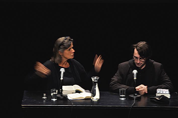 Iris Radisch sprach mit Clemens Setz bei der Vorstellung seines Romans »Die Stunde zwischen Frau und Gitarre« beim ilb 2015
