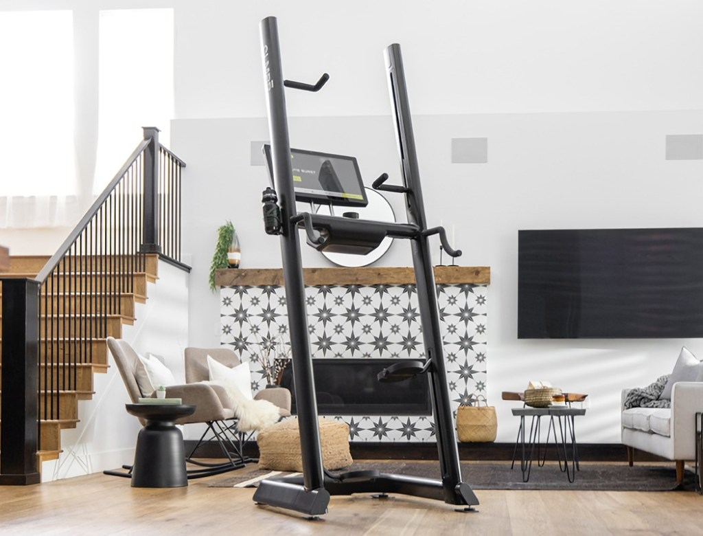 Vertical Workout Machine Combines Strength And Cardio