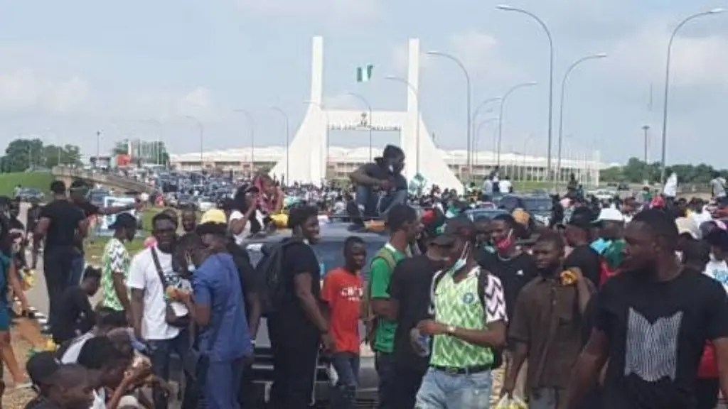 Abuja Protesters Defy Ban