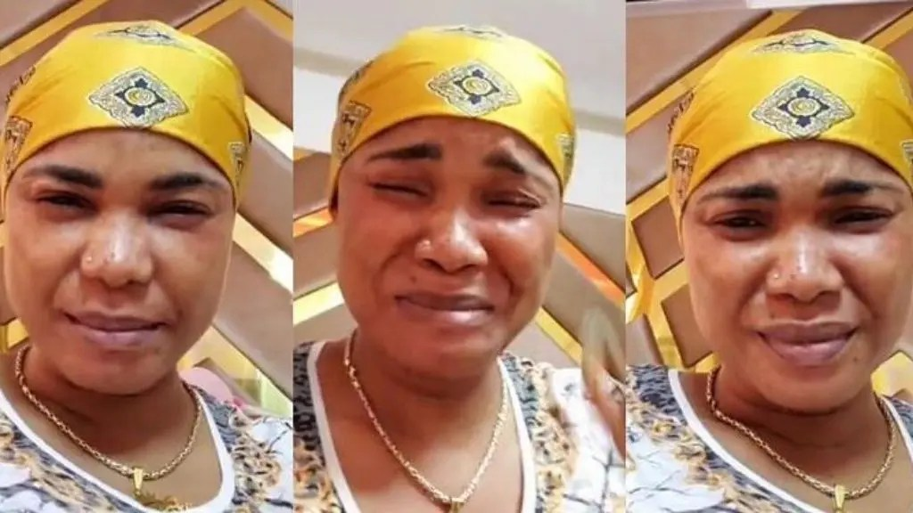 The moment Actress Iyabo Ojo breaks down in tears over her failed marriage (video)
