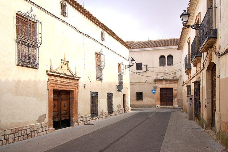 Arquitectura de Villarrobledo: Casa de los Cabrera y Convento de Santa Clara.