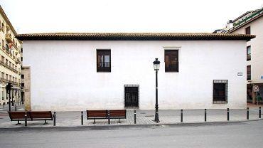 Fachada lateral de la Posada del Rosario en Albacete.