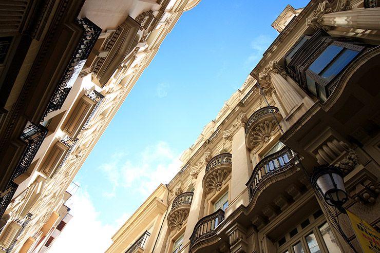 Edificio Bancaja y Casa de Juan López de Julio Carrilero en Albacete.