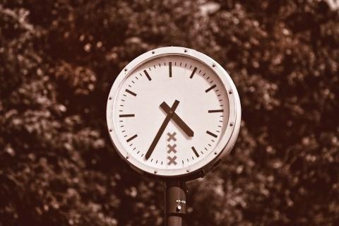 Los plazos juegan un papel fundamental a la hora de comprar o construir tu casa.