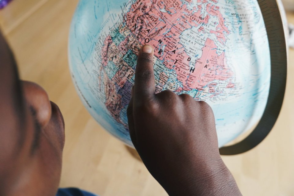 How to Teach Your Children to Love Geography and want to explore the world!