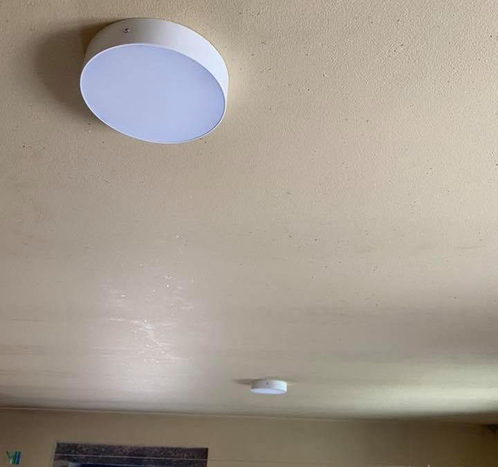 Electricité – Installation spots LED 4x30W au Portugal
