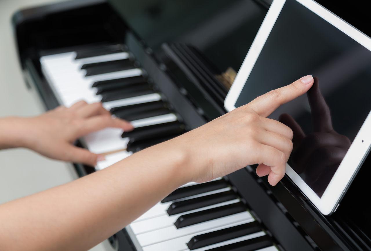 curso de piano metodo triade heitor castro