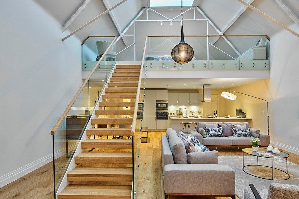 scala di design a giorno legno interni