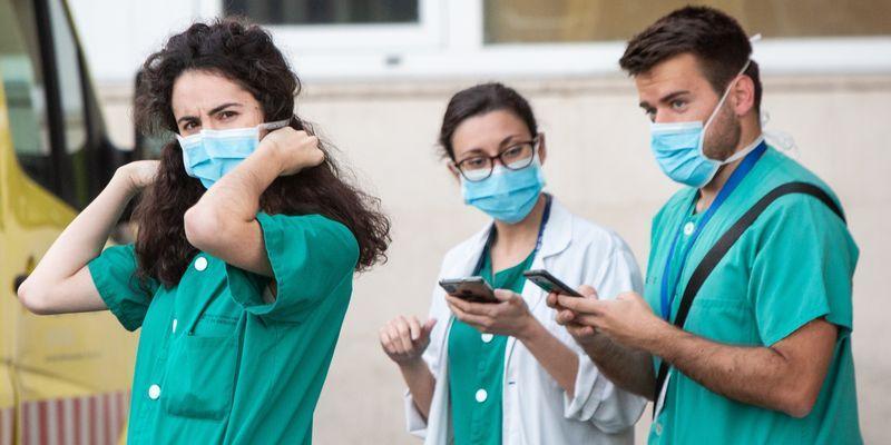 El 3,21 % de los sanitarios valencianos se han contagiado de coronavirus