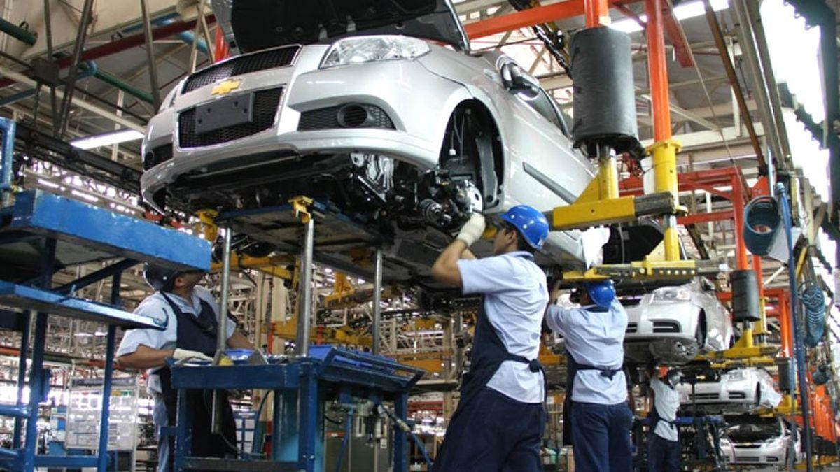 La Comunitat Valenciana incrementará la colaboración con otras regiones europeas en automoción y combustibles limpios