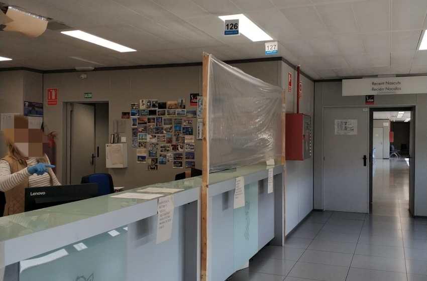 CSIF urge a Conselleria a instalar mamparas en los órganos judiciales y recuerda que siguen con films de plástico