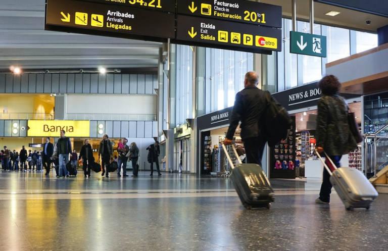 CSIF avisa de las precarias condiciones de los vigilantes del aeropuerto de Manises y reclama a Aena más presupuesto