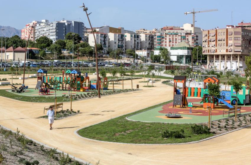 Benidorm abre parcialmente el Parque de Foietes para pasear y hacer deporte