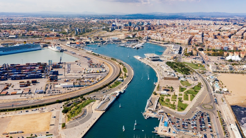 La Marina de València inicia la demolición de Lay Down
