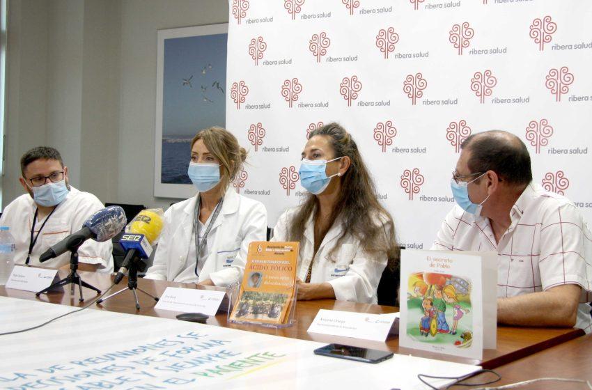 Torrevieja Salud y la Asociación de Espina Bífida e Hidrocefalia se unen para concienciar en la prevención de espina bífida