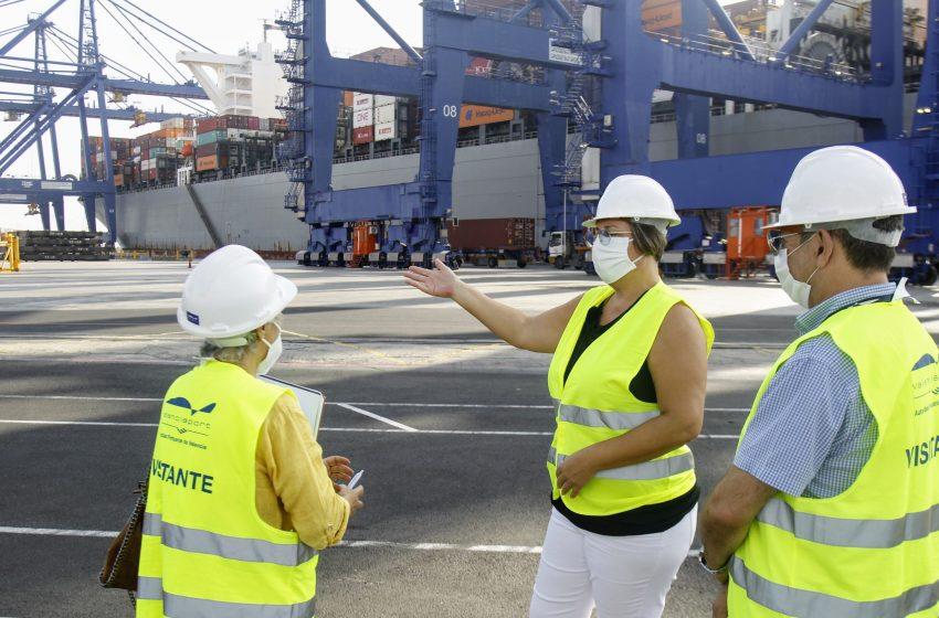 La Generalitat adquiere más de 77 millones de productos sanitarios vía marítima cargados en 60 contenedores y garantiza las necesidades de los próximos seis meses