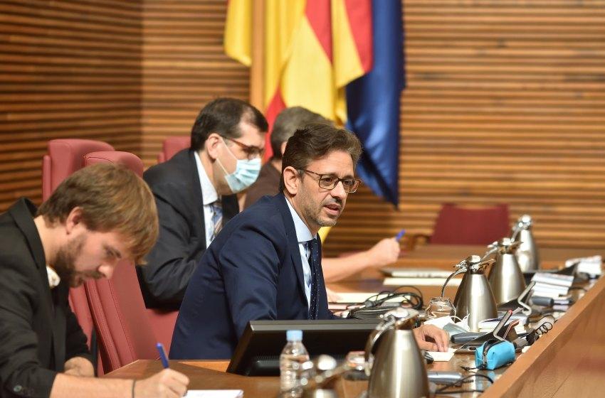 JJ Zaplana pide a Puig que cese al comisionado del hospital de Torrevieja, a un paso del banquillo por delito electoral