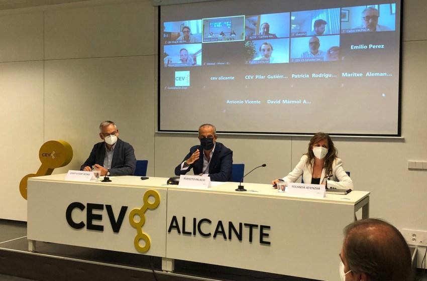 """Perfecto Palacio: """"Tener la certeza de que el puerto de Alicante va a estar perfectamente conectado con Europa es una gran noticia para nuestra provincia"""""""