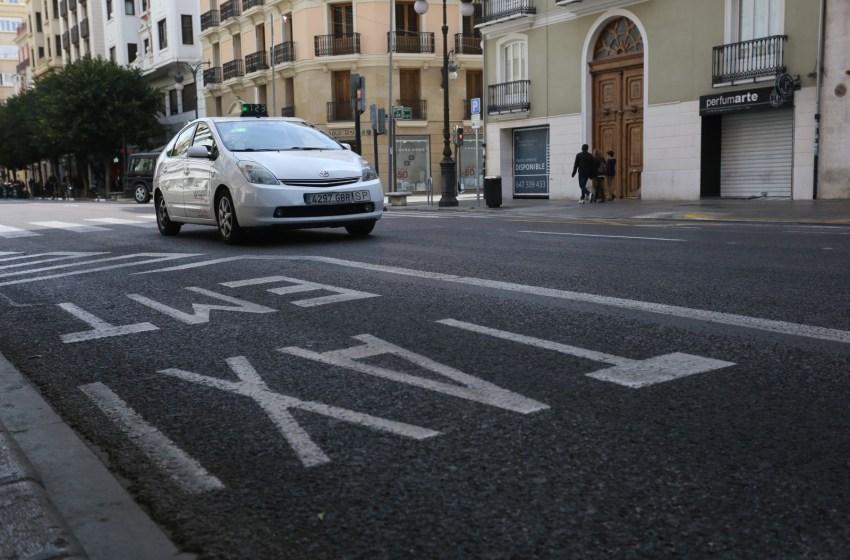 El sector del taxi de la Comunitat tendrá ayudas directas de la Generalitat que esperan alcanzar a las más de 4.500 licencias del territorio