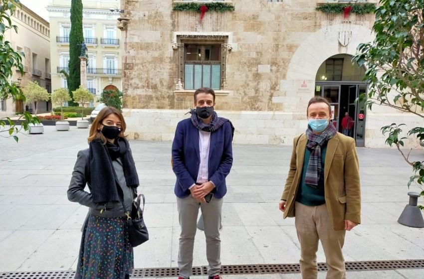 APPV se reúne con el director general de relciones informativas de la Generalitat