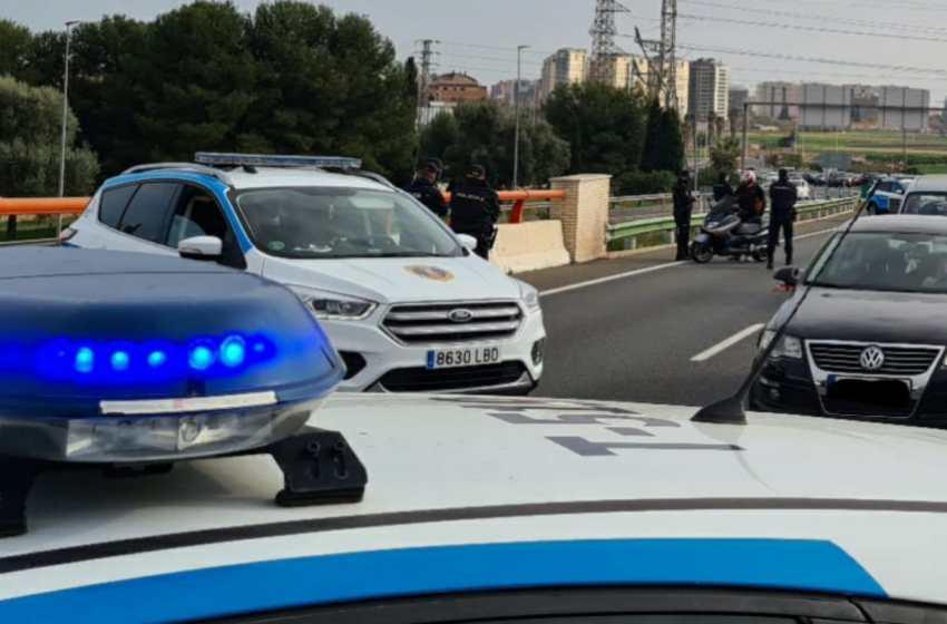 La Policía de la Generalitat impone 268 multas y sanciona a 16 establecimientos durante el puente de San José