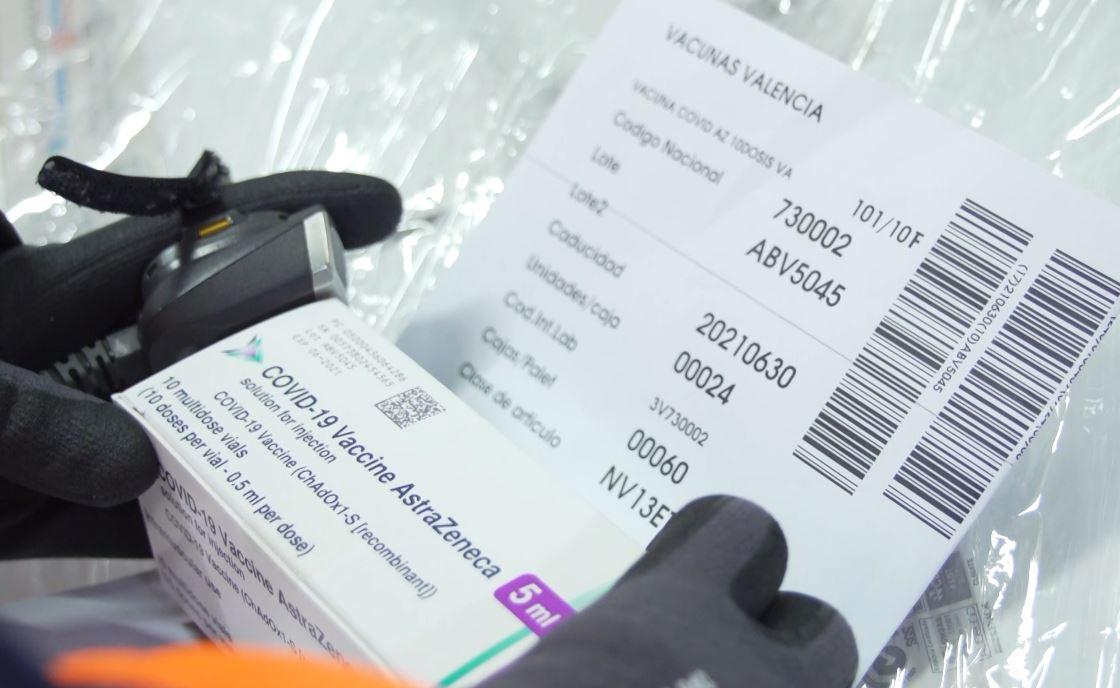 Tiras térmicas, fotos de detalle y geolocalización en tiempo real garantizan la conservación y seguridad durante el transporte de vacunas