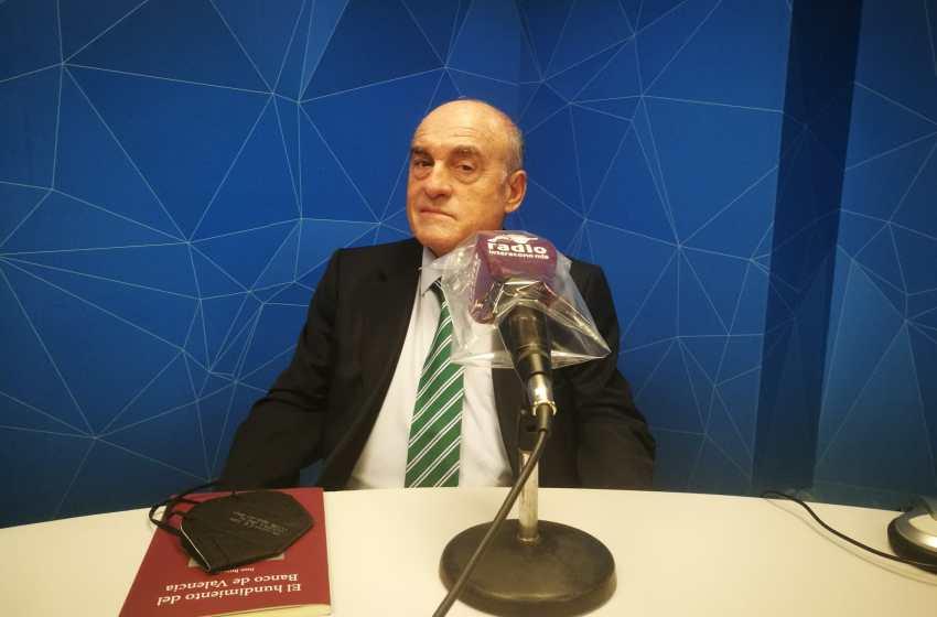 """Juan Broseta en El Intercafé: """"La cúpula bancaria del banco de Valencia se repartió entre 4.000 y 5.000 millones de euros"""""""