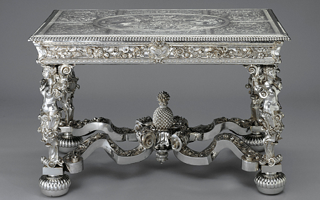 pineapple table William II
