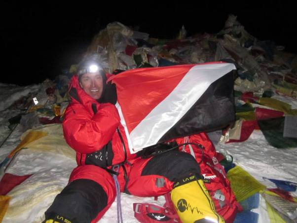 Sealand flag Everest