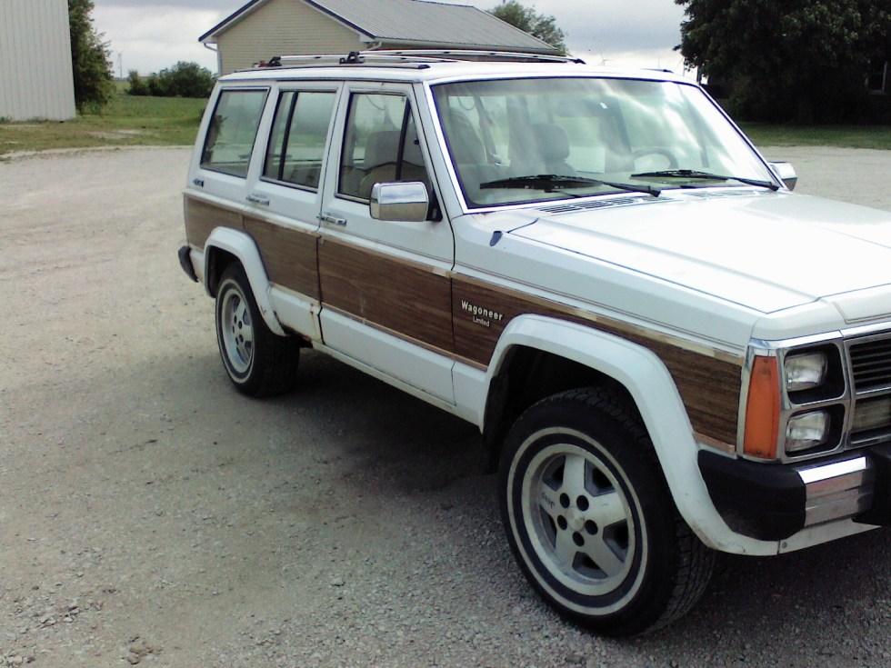 1990 Jeep Wagoneer Ltd. image