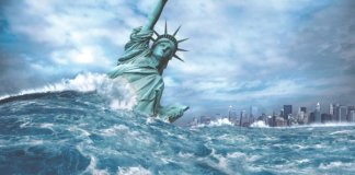 Tsunami hits the statue of liberty