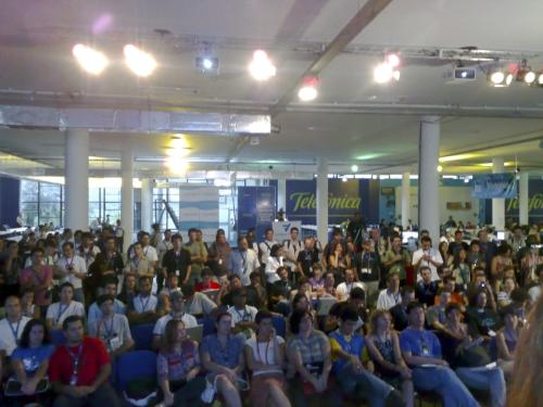 Visão da platéia vista do palco principal da Campus Party