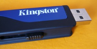Kingston DataTraveler HyperX 4 GB - detalhe do conector USB