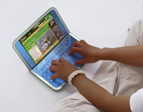 XO-2: duas telas, teclado virtual