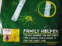 Detalhe da embalagem: instruções em engrish