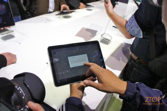 A tela grande do Galaxy Tab 10.1