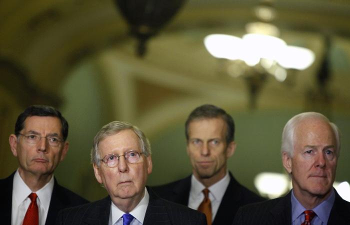 Представители республиканской партии.