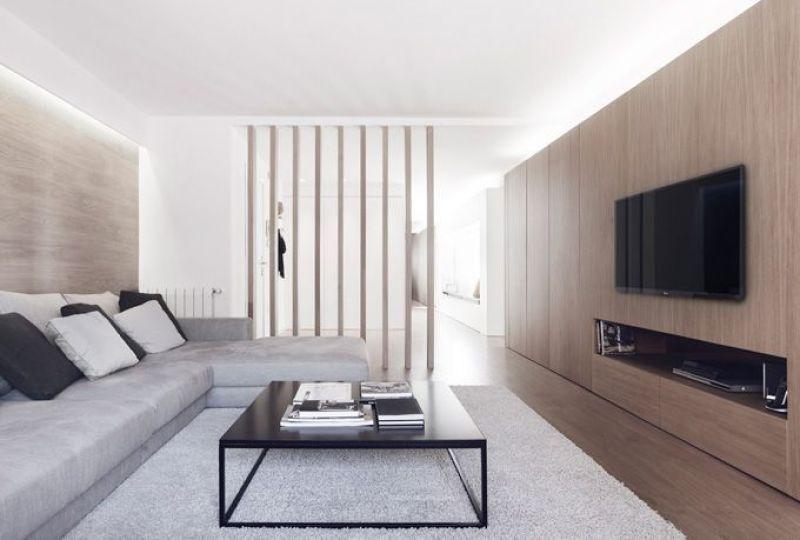 Cálido apartamento de líneas minimalistas