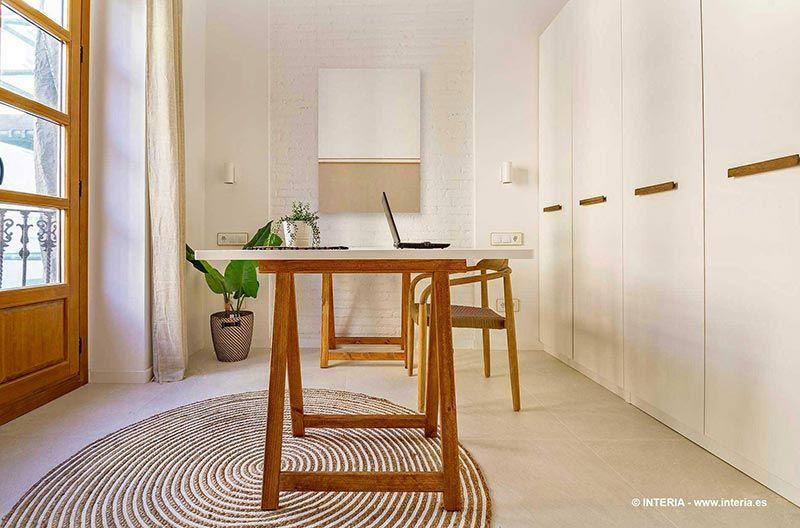 Despacho de estilo mediterráneo