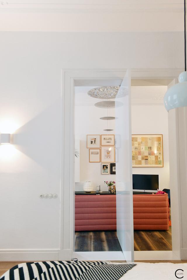 Vitra Design Kwartier Den Haag Studio van t Wout bedroom door