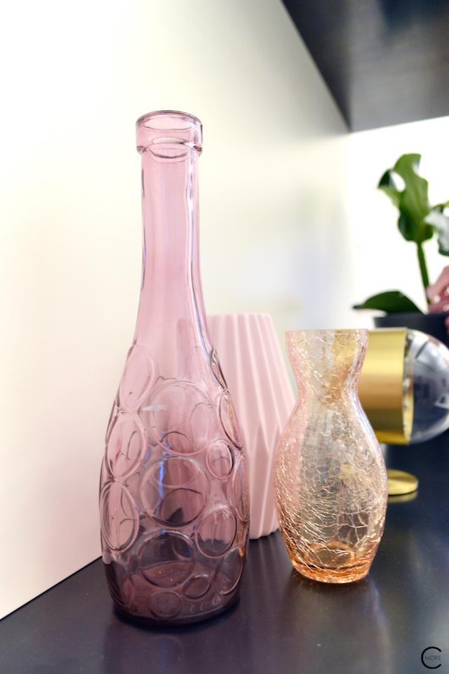 Vitra Design Kwartier Den Haag Studio van t Wout styling pink glass vase color