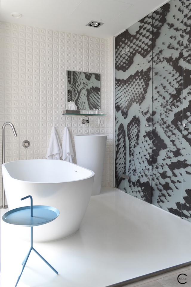Jee-O bath shower wellness spa Design bathroom Manna awardwinning Design Hotel NL 03
